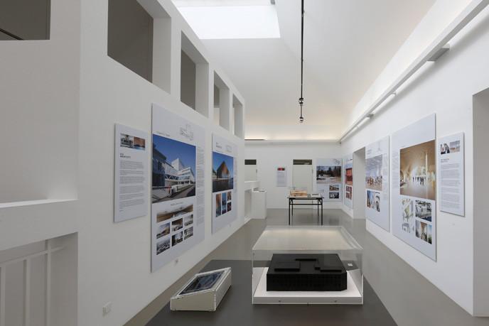 07_exhibition_dam_suomiseven_udettmar_popup